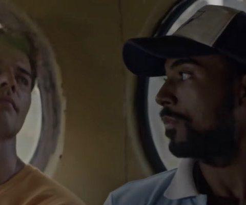 El Acompañante (2015) film cubain de Pavel Giroud : Armando Miguel et Yotuel Romero. Capture d'écran, droits réservés.