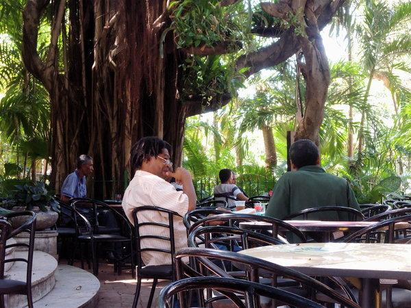 La Habana, patio de UNEAC 2012