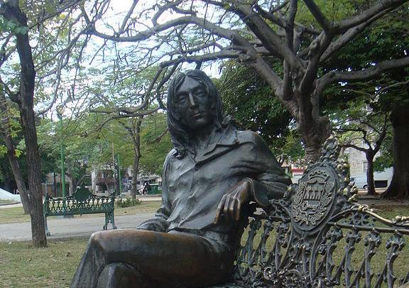 Parque John Lennon 2010, photo jdzm30 licence wikimedia commons