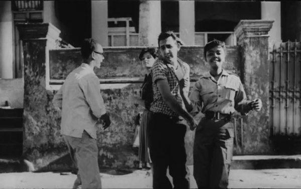 Photogramme du film d'Agnès Varda Salut les Cubains 1963 : Sara Gomez et les techniciens de l'ICAIC.