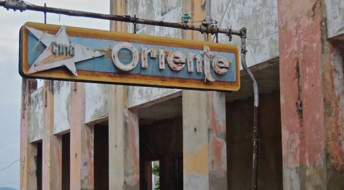 Ciné-Teatro Oriente : avec le temps…
