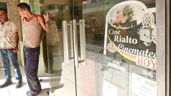 Santiago de Cuba, cinémathèque au cinéma Rialto, 2015